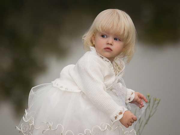 Order online custom baby-girl portraits paintings