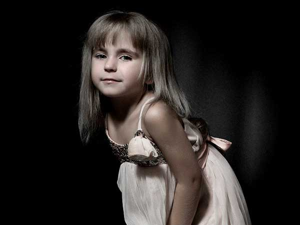 Custom children portrait from photo to canvas